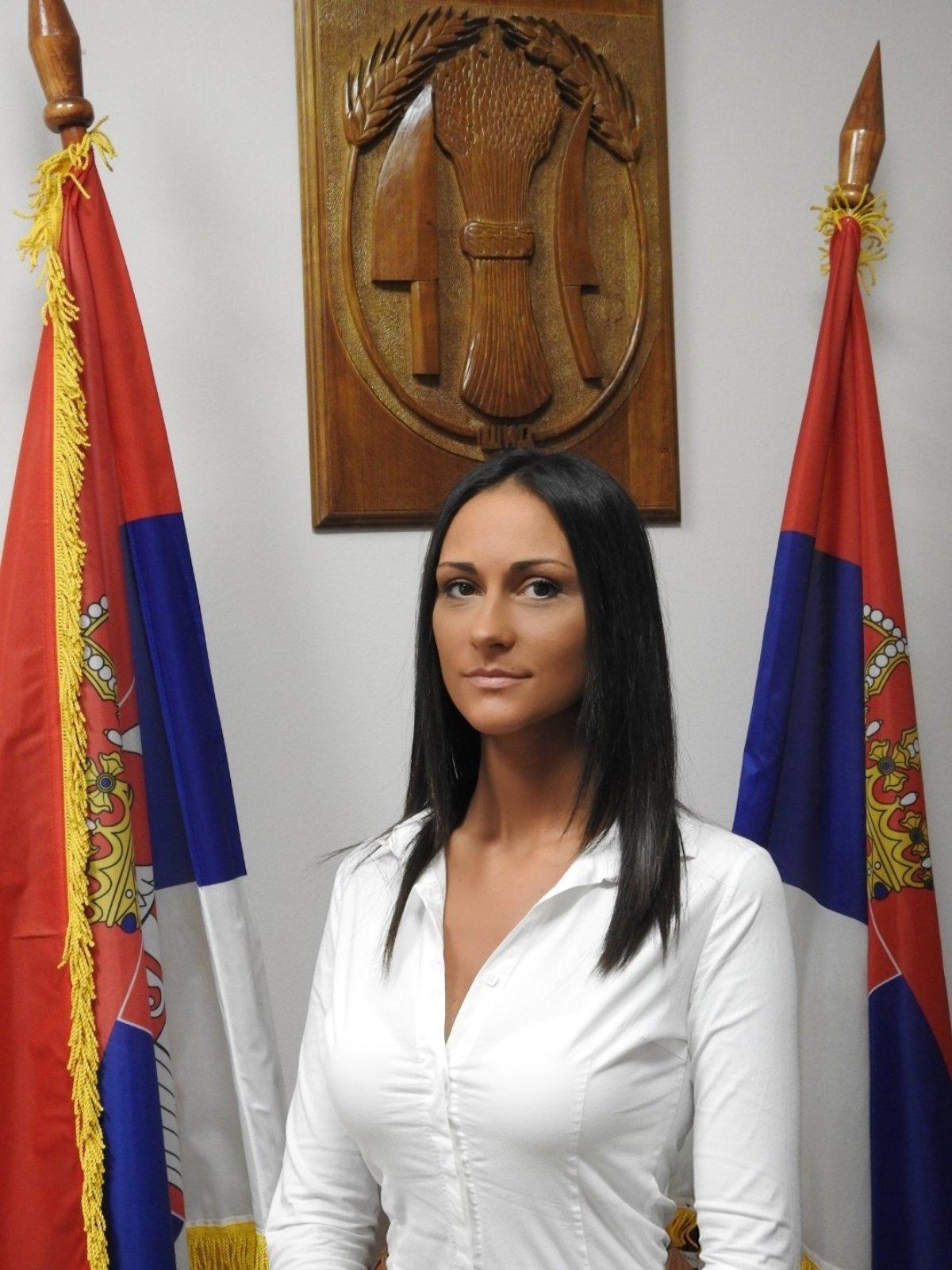 Николина Бибић