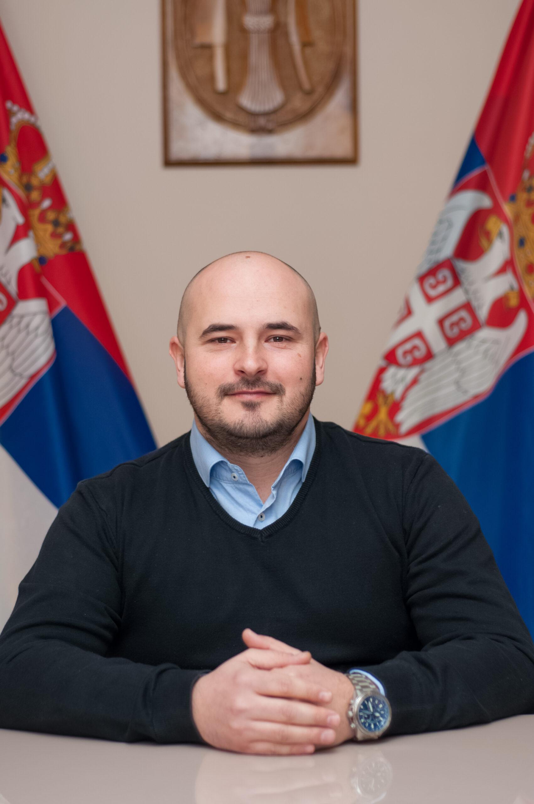 Никола Тарајић